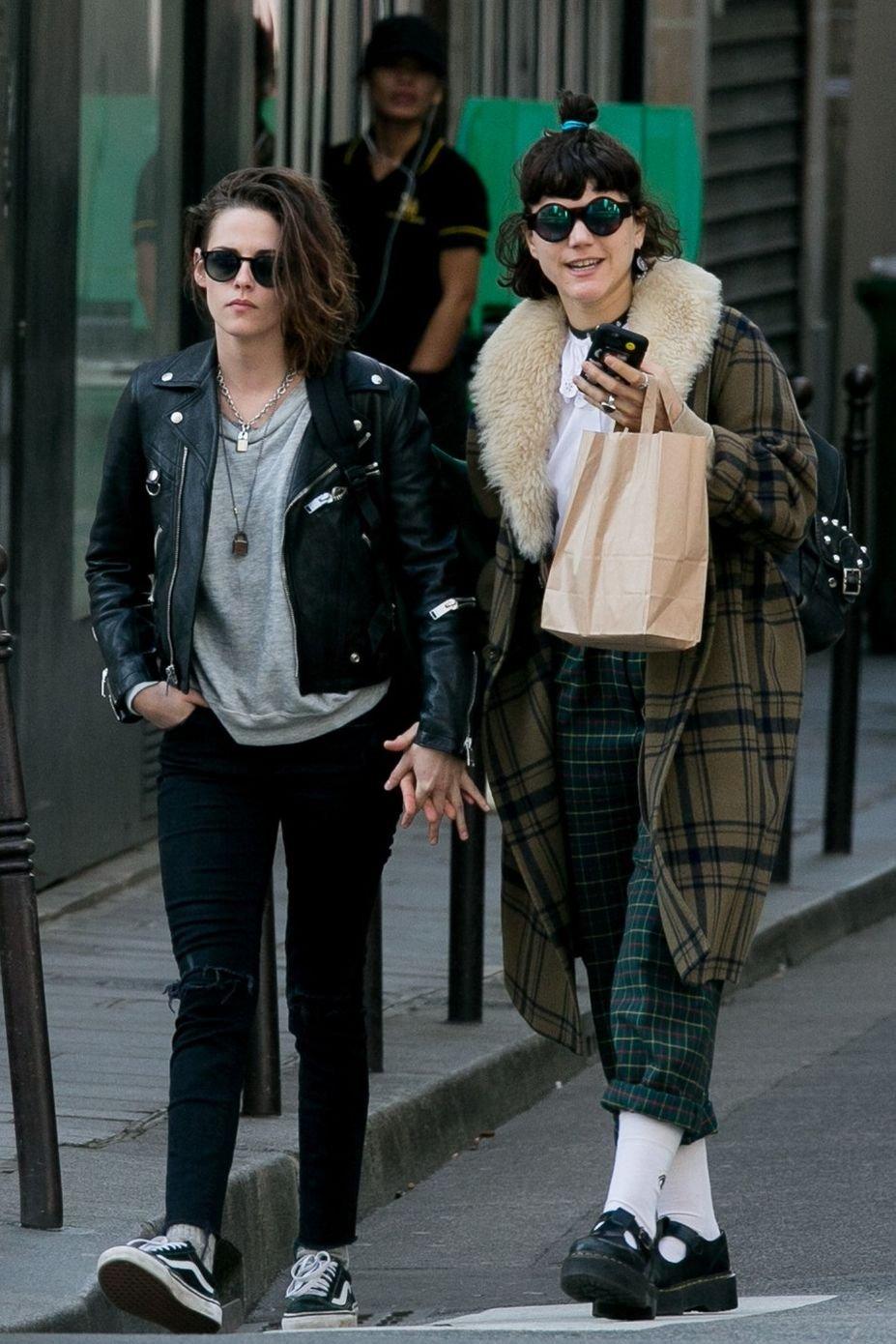 Кристен Стюарт  призналась в любви к своей подруге на страницах Elle