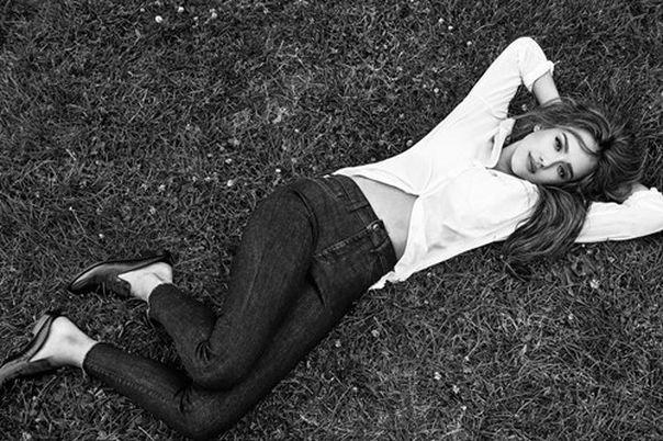 Джессика Альба попробовала себя в качестве дизайнера джинсов