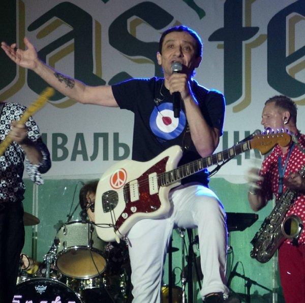 Евгений Хавтан и братья Кристовские зажгли на фестивале пива и немецких традиций Das Fest