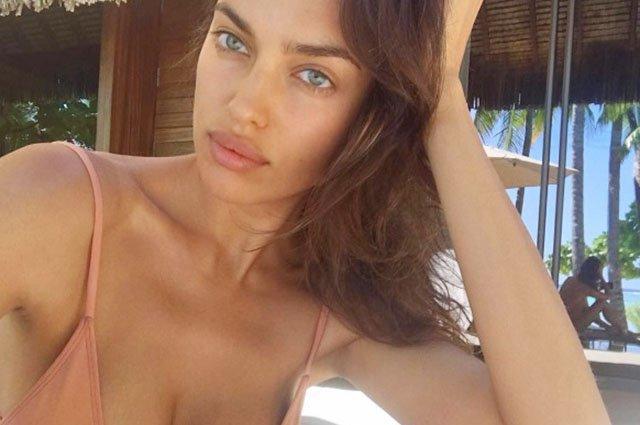 Ирина Шейк показала фото без капли макияжа