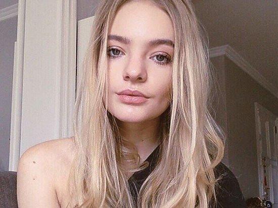 Дочь Дмитрия Пескова шокировала подписчиков снимком в откровенном бикини