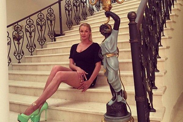 Анастасия Волочкова показала натуральную красоту