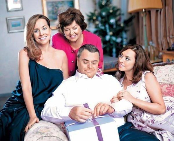 Суд разрешил родным Жанны Фриске общаться с её сыном