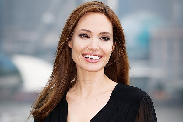 Лицом нового аромата Guerlain стала Анджелина Джоли