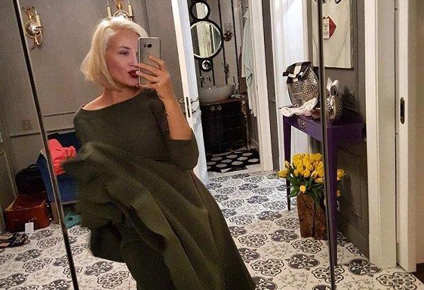 Полина Гагарина нашла песню, которая посвящена ей, любви и порно