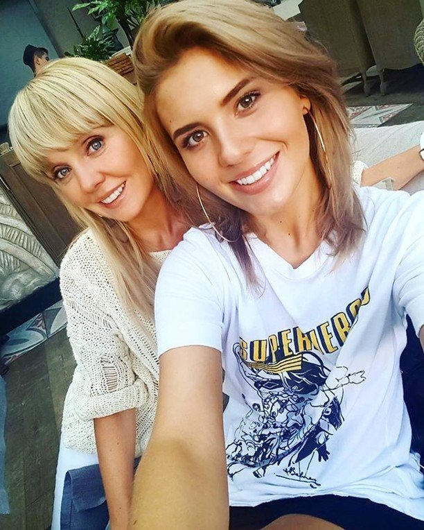 Анна Шульгина выложила в сеть обнаженный снимок