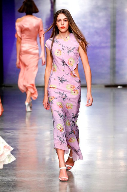 Дочь Сильвестра Сталлоне впервые появилась на подиуме в рамках Недели моды