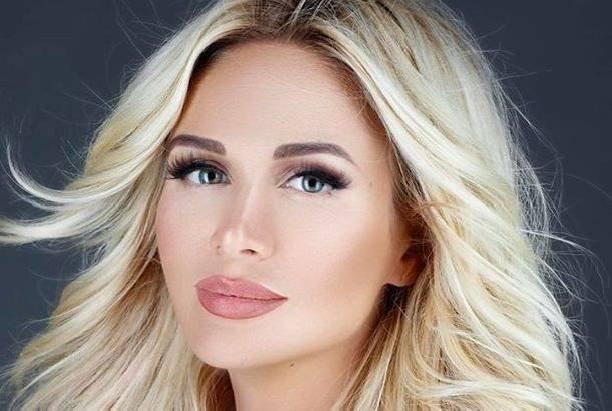 После сообщения Сосо Павлиашвили, Виктория Лопырева опубликовала пикантное селфи