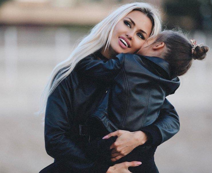 Дочка Виктории Боря вернулась к маме отметить юбилей