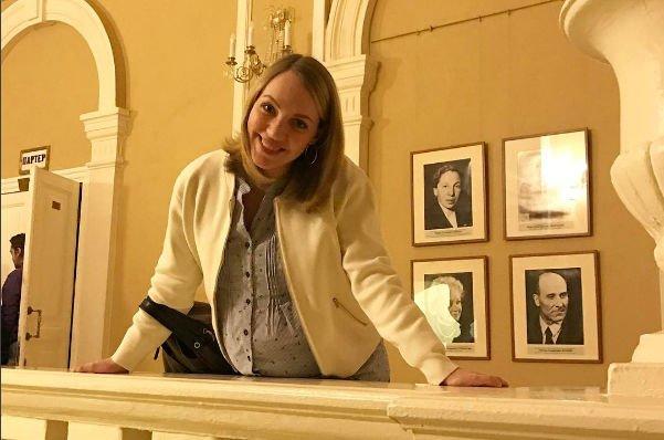 Беременная Галина Боб готова доверить себя пластическому хирургу