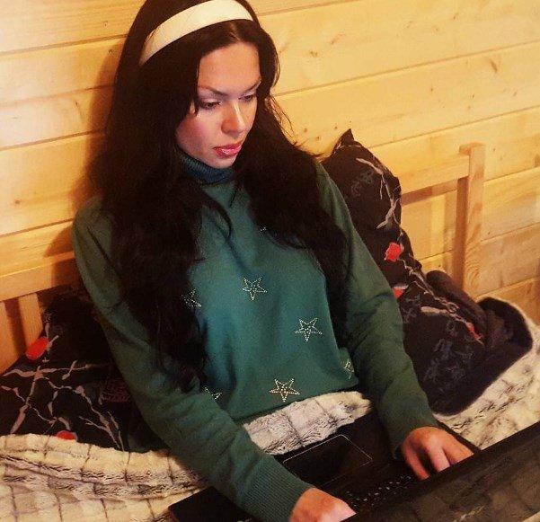 Виктория крокус инстаграм