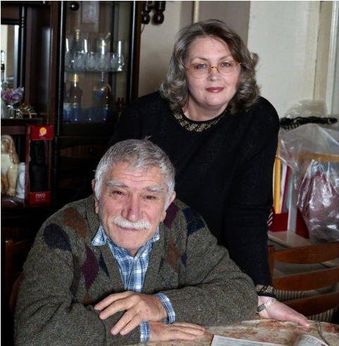 Армен Джигарханян отобрал у экс-жены квартиру