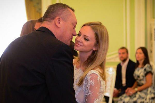 Милана Кержакова впервые прокомментировала смерть отца