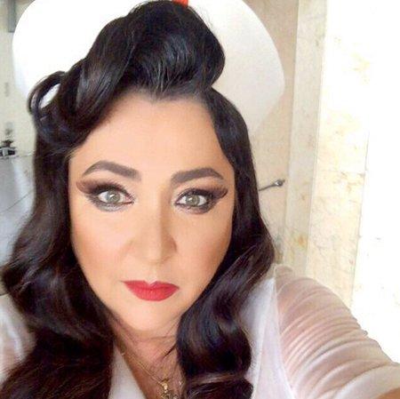 Лолита шокировала публику неуместным макияжем