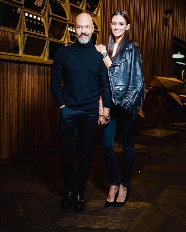 Федор Бондарчук и Паулина Андреева впервые появились на обложке глянца вместе