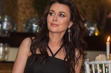 Анастасия Заворотнюк рассказала, как помогла выздороветь своей поклоннице