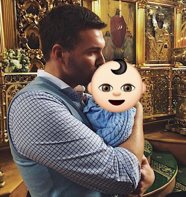 Вячеслав Манучаров крестил сына
