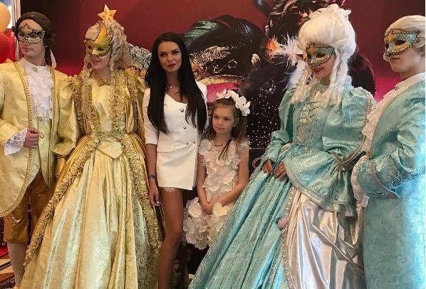 Катя Жужа организовала дочери шикарный праздник
