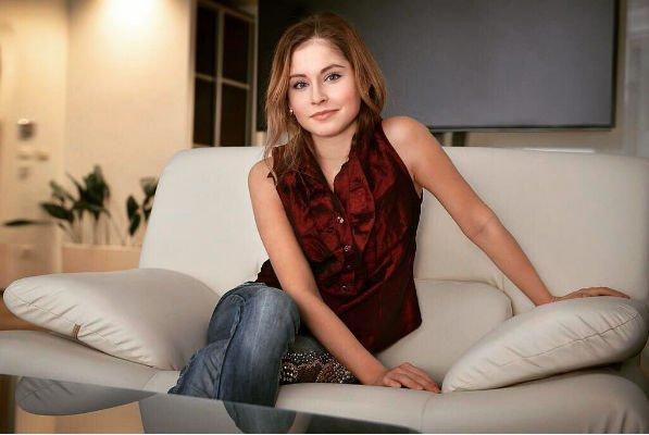 Мама Юлии Липницкой не позволяет дочери общаться с представителями сильного пола