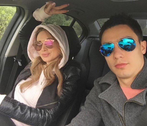 Евгения Феофилактова опубликовала фото нового мужчины