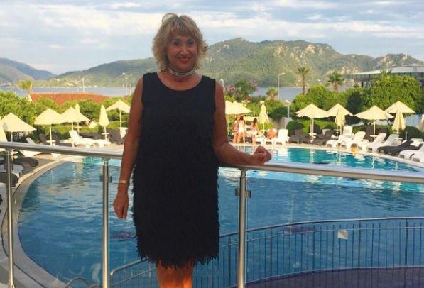 Лариса Копенкина показала свое тело в купальнике