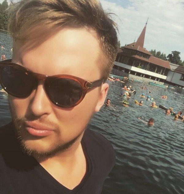 Фотография Егора Холявина без одежды вызвало жаркие дискуссии