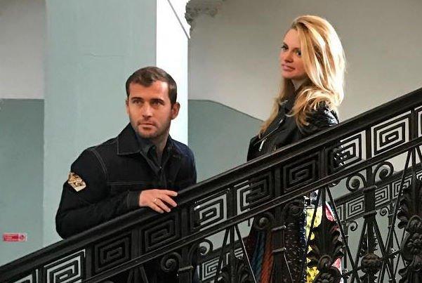 Александр и Милана Кержаковы провели обряд крещения новорожденного сына