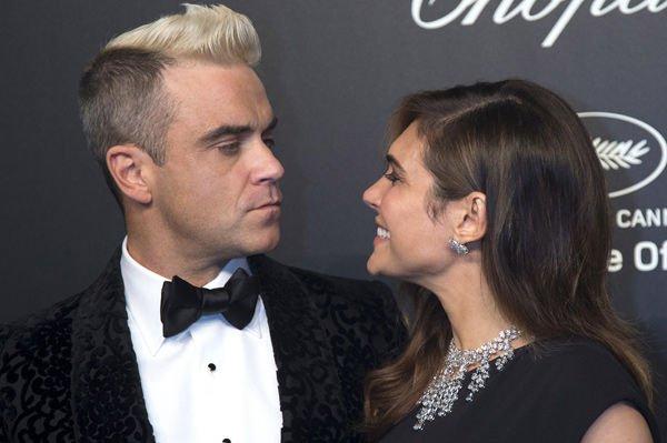 Жена Робби Уильямса сообщила о психическом состоянии супруга