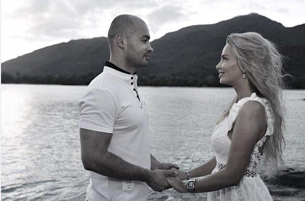 Андрей Черкасов заинтриговал фотографией с невестой