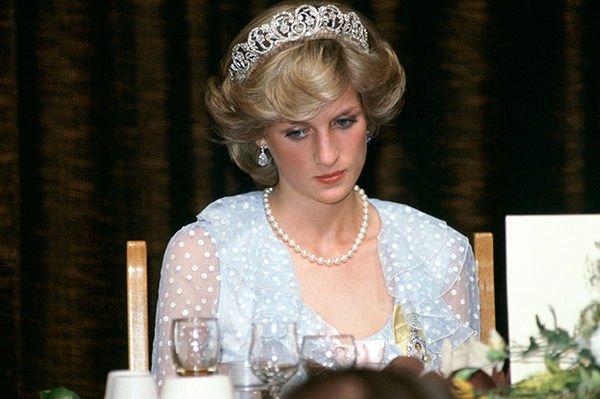 Обнародованы редкие фотографии с принцессой Дианой из семейного альбома