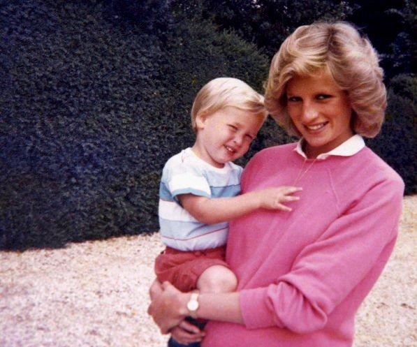Принц Уильям сожалеет, что его дети не знали принцессу Диану