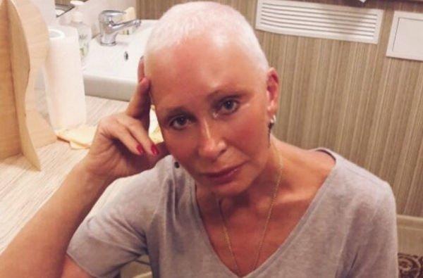 Татьяна Васильева переживает за здоровье внучки