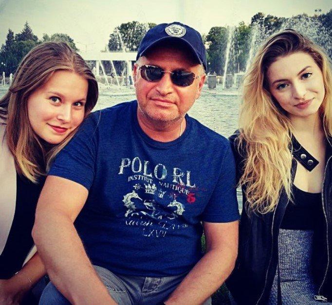 Леонид Агутин порадовал архивным снимком, сделанным 1 сентября
