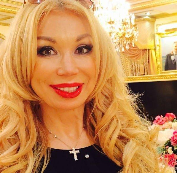 Муж Маши Распутиной не отпускает ее на гастроли