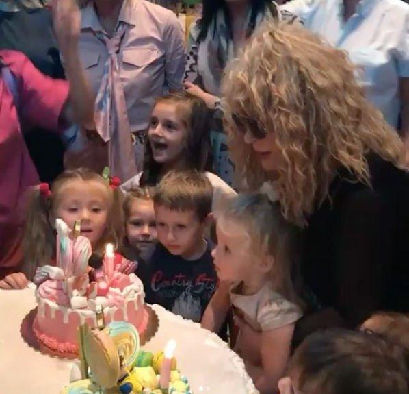 Максим Галкин и Алла Пугачева организовали детям шикарный день рождения