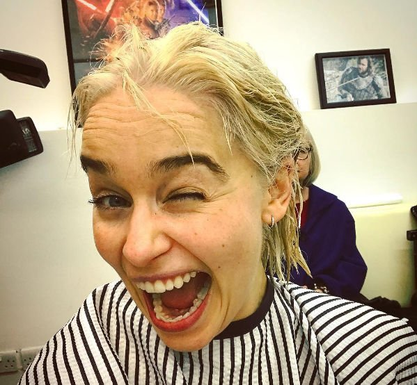 Эмилия Кларк продемонстрировала новый цвет волос