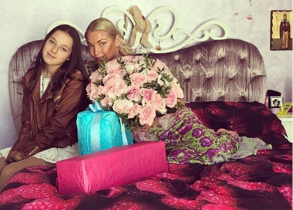 Анастасия Волочкова пригласила на день рождения дочери бывшего мужа