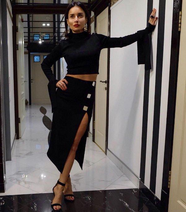 Тина Канделаки опубликовала фото в откровенном наряде, восхитив стройной фигурой