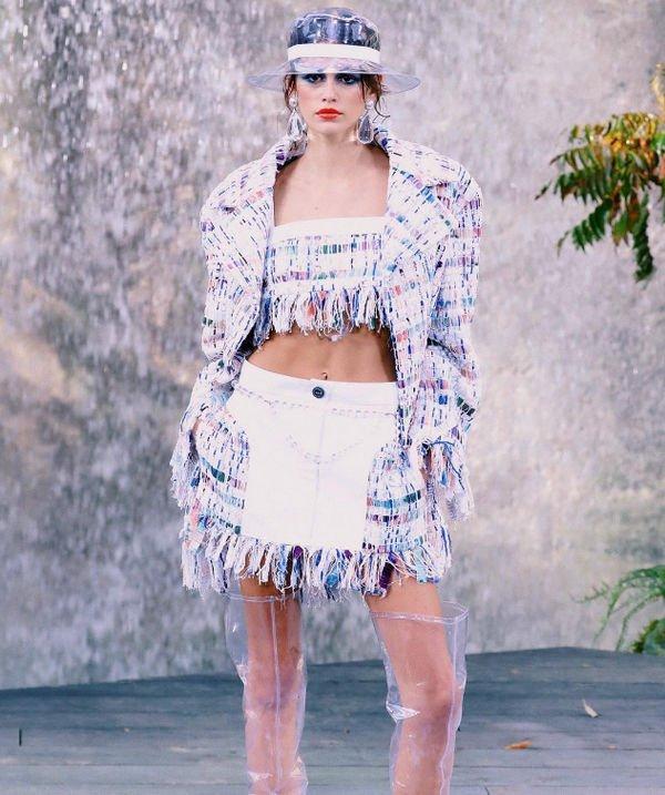 Кайя Гербер с успехом покоряет олимп модной индустрии