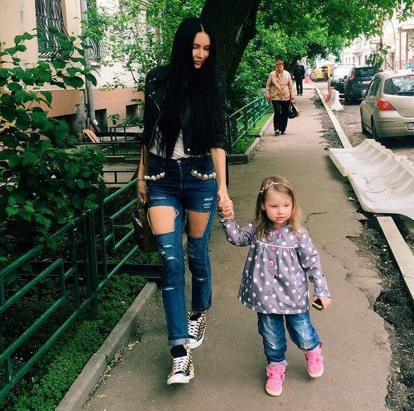 Элина Камирен собирается переехать в Сочи в квартиру мамы