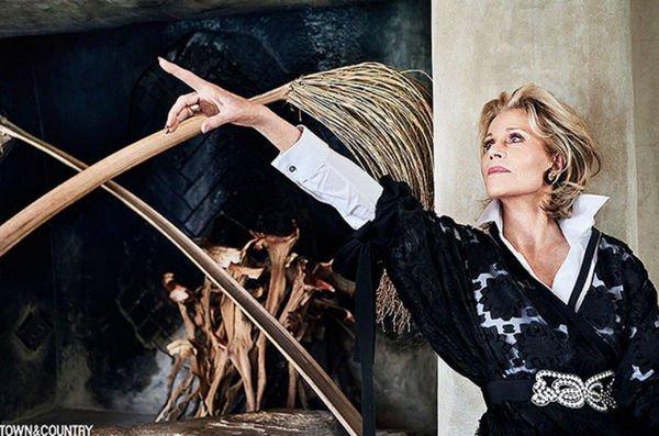 Джейн Фонда продемонстрировала естественную красоту на обложке глянца