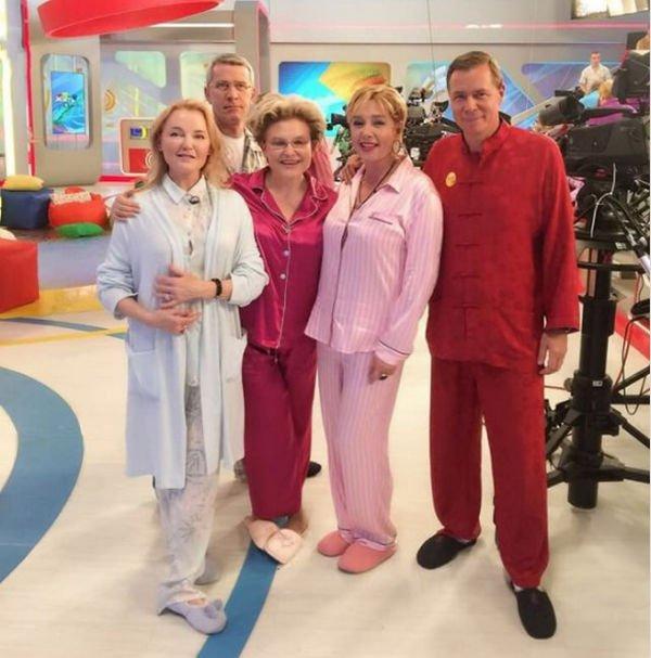 Елена Малышева в пижаме была раскритикована своими фанатами