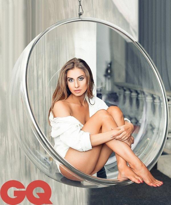 Модель Натали Соболева стала украшением мужского журнала GQ