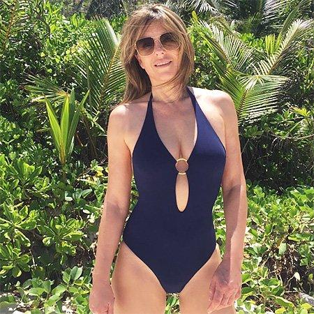 52-летняя Элизабет Херли показала фигуру в бикини
