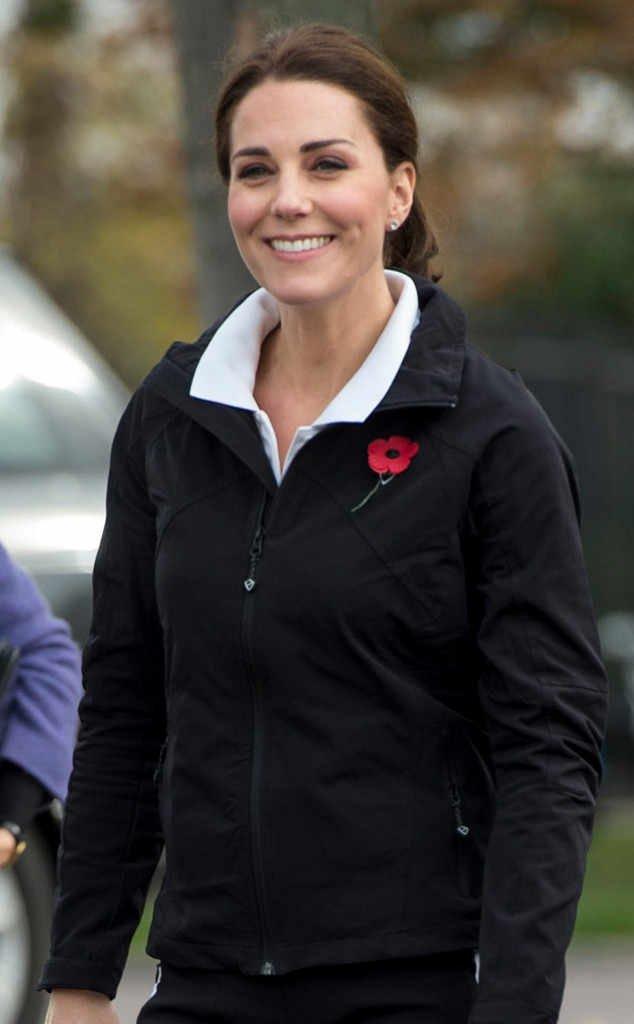 Беременная Кейт Миддлтон появилась на публике в спортивном костюме