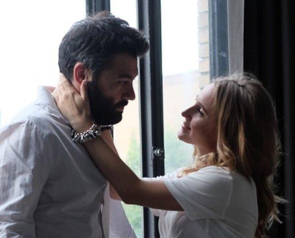 Алексей Чумаков гордится тем, что видел, как появлялась на свет его дочка