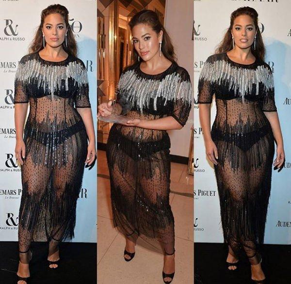 Эшли Грэм вышла в свет в полностью прозрачном платье