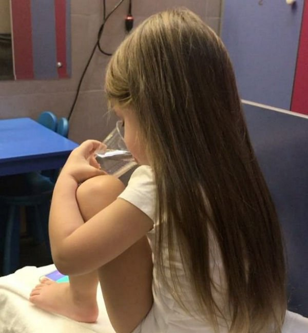 Кристина Асмус растрогала фанатов фотографией дочери с Гариком Харламовым