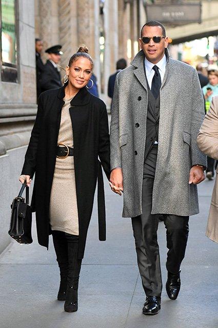 Дженнифер Лопес прогулялась по Нью-Йорку с новым возлюбленным