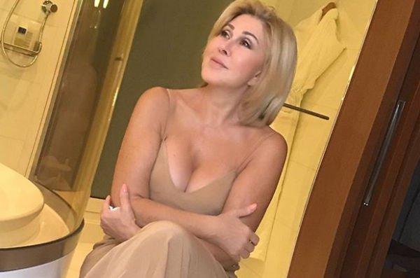 Любовь Успенская опубликовала откровенный снимок, вызвав негодование фанатов